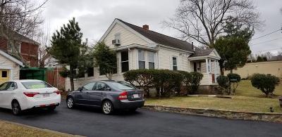 Framingham Single Family Home For Sale: 858 Waverly St