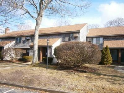 Barnstable Condo/Townhouse Under Agreement: 30 Townhouse Terrace #30
