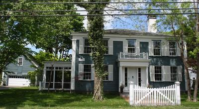 Duxbury Single Family Home New: 294 Washington St