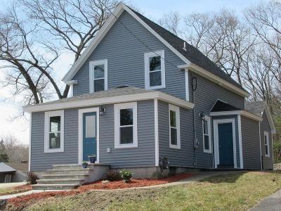 Franklin Single Family Home For Sale: 135 Wachusett St