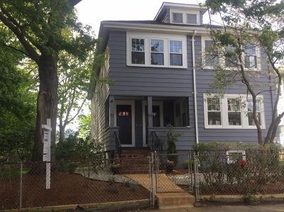 Condo/Townhouse Under Agreement: 95 Sunnyside #1