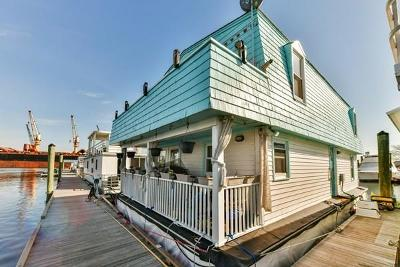 Boston Condo/Townhouse Price Changed: 84 Condor #84