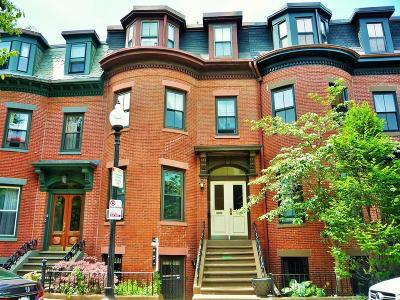 Condo/Townhouse Under Agreement: 99 E Brookline #2