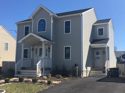 Fall River Single Family Home New: 611 Tucker St