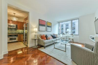 Condo/Townhouse New: 1 Charles St S #501