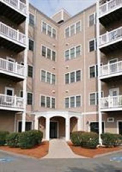 Peabody Condo/Townhouse Under Agreement: 8 Walnut St #309