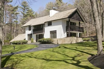 Marshfield Single Family Home Under Agreement: 14 Wiltshire Ln