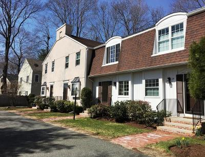 Needham Condo/Townhouse Under Agreement: 32 Denmark Ln #32