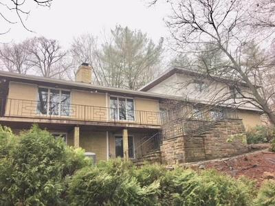 Waltham Single Family Home Under Agreement: 190 Totten Pond Road