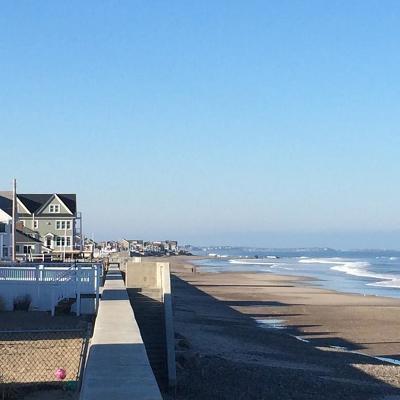 Marshfield Condo/Townhouse Under Agreement: 875 Ocean St #3