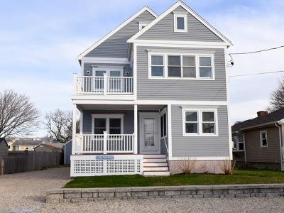 Marshfield Single Family Home Under Agreement: 43 Newport St