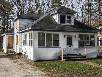 Billerica Single Family Home Under Agreement: 34 Sprague St
