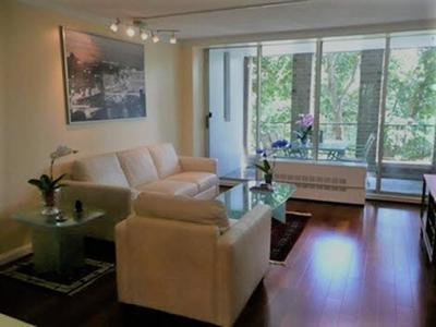 Brookline Condo/Townhouse For Sale: 33 Pond Ave #321