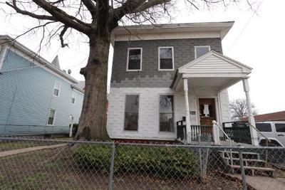 Multi Family Home Back On Market: 163 Elm St
