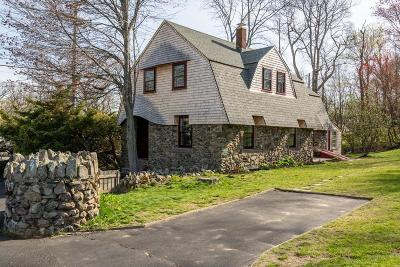 Hingham Single Family Home For Sale: 272 Lincoln St