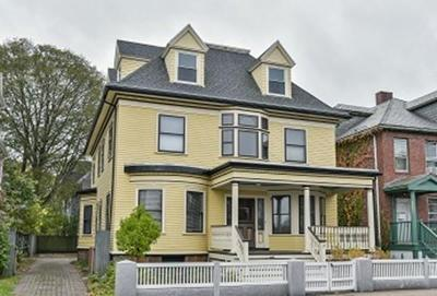 Single Family Home Under Agreement: 32 Perkins St
