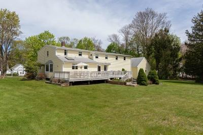 Scituate Single Family Home For Sale: 303 Old Oaken Bucket Rd