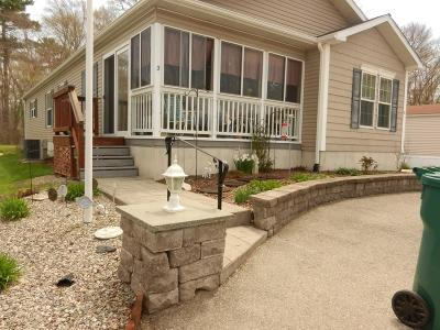 West Bridgewater Mobile/Manufactured For Sale: 3 Loraleiway West
