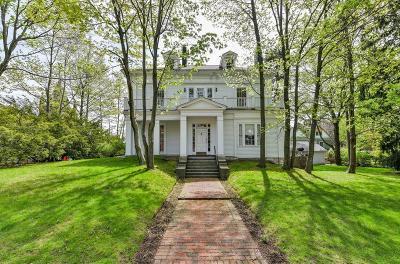 Single Family Home Contingent: 10 Roanoke Avenue