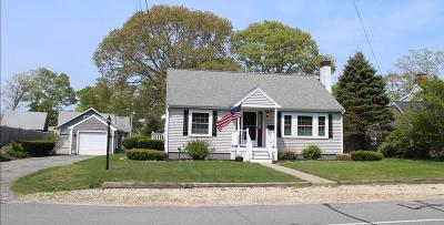 Wareham Single Family Home For Sale: 21 Woodside Av Buzzards Bay