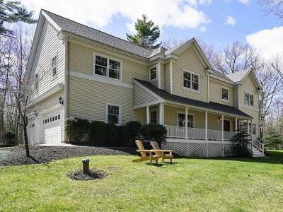 Hopkinton MA Single Family Home For Sale: $915,000