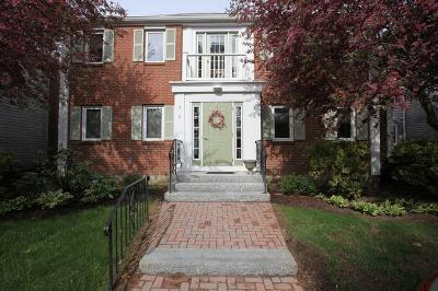 Duxbury Condo/Townhouse Under Agreement: 225 Lincoln Street #J8