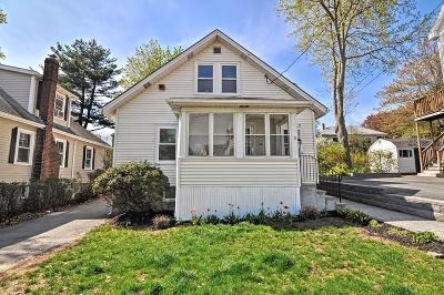 Boston Single Family Home Price Changed: 5 Bobolink St