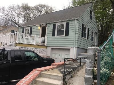 Dedham Single Family Home For Sale: 112 Riverside Dr