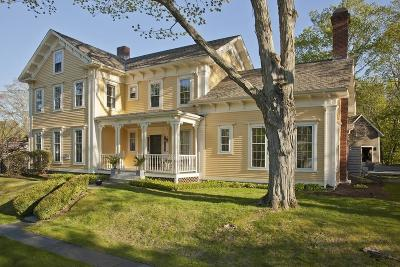 Hingham Single Family Home For Sale: 142 South Street
