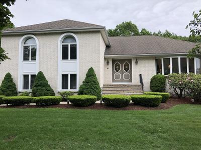 Wakefield Single Family Home For Sale: 21 Orsini Drive