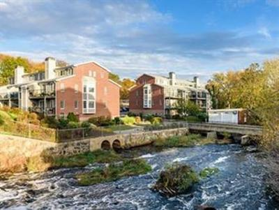 Dedham Condo/Townhouse Under Agreement: 3 S Stone Mill Dr #229