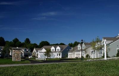 Hopkinton Condo/Townhouse Under Agreement: 44 Spruce Street #173