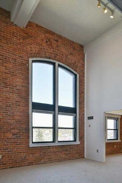 Gloucester Condo/Townhouse For Sale: 33 Maplewood Avenue #410