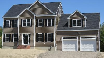 Middleboro Single Family Home For Sale: 43 Gateway Lane