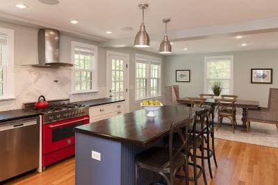 Hingham Single Family Home For Sale: 461 Main St