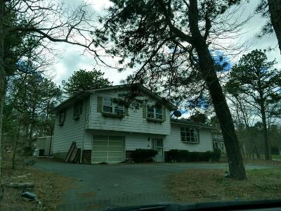 Mashpee Single Family Home Price Changed: 20 Coombs Ln