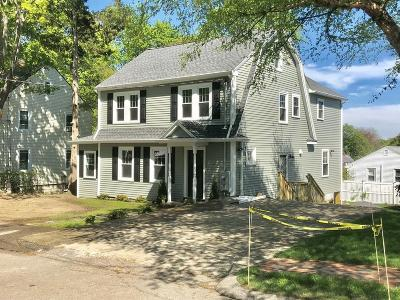 Waltham Single Family Home For Sale: 15 Bradford Street