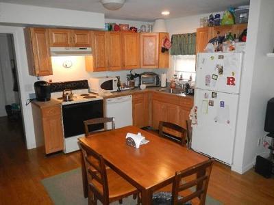 Rental For Rent: 60 Hillside #2