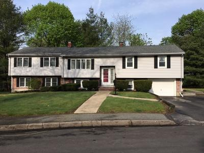 Braintree Single Family Home For Sale: 22 Jordan Circle