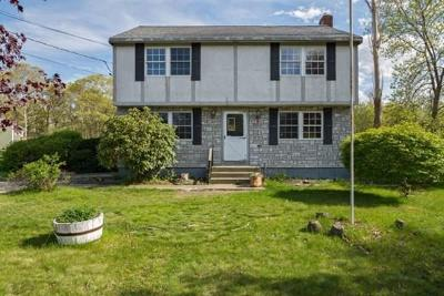 Plymouth MA Single Family Home Under Agreement: $198,000