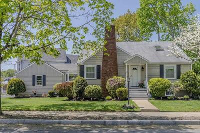 Wakefield Single Family Home Contingent: 8 Greenwood Avenue