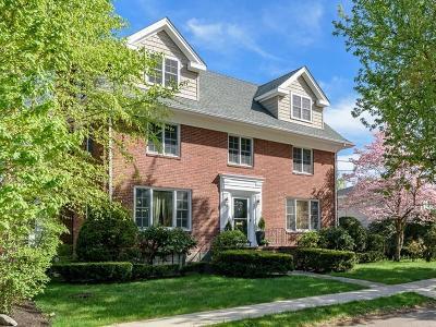 Brookline MA Single Family Home For Sale: $1,750,000