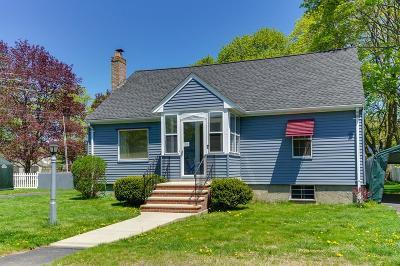 Burlington Single Family Home For Sale: 7 Crawford Rd