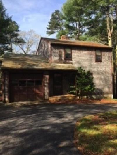 Plymouth Single Family Home For Sale: 11 Tall Pines Rd