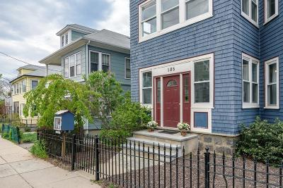 Condo/Townhouse Under Agreement: 185 Cornell St #2