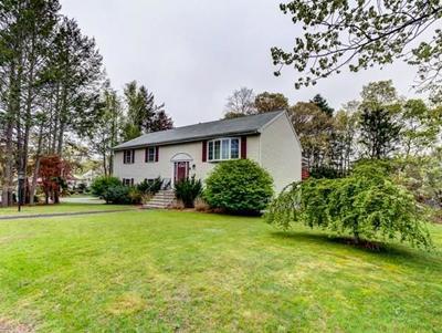 Avon Single Family Home Contingent: 54 Oak St