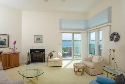 Hull Condo/Townhouse For Sale: 20 Marina Drive #20