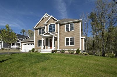 Norwell Single Family Home For Sale: 12 Hillcrest Circle