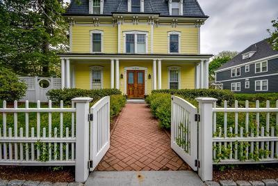 Newton Condo/Townhouse For Sale: 19 Woodbine Street #C