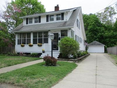 Middleboro Single Family Home For Sale: 40 Bourne Street